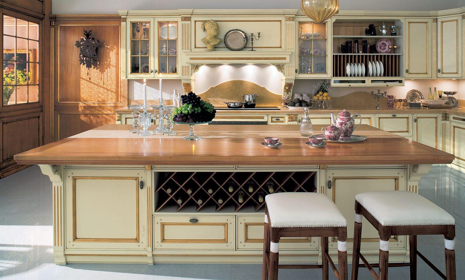 Cocina cl sica en tonos madera im genes y fotos - Cocinas estilo ingles decoracion ...