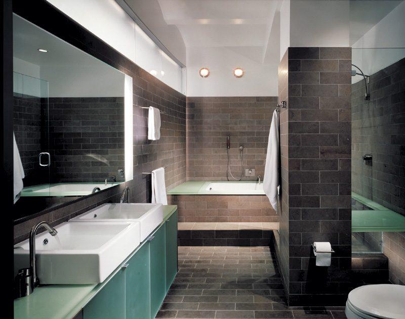 Cuarto de baño de estilo industrial :: Imágenes y fotos
