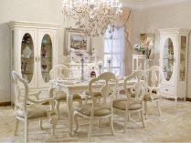 Mesa y sillas de comedor de estilo francés :: Imágenes y fotos